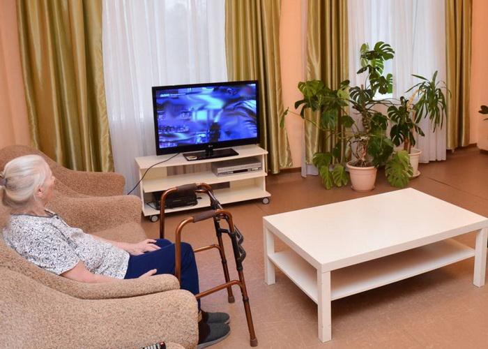 Дом для престарелых больных в екатеринбурге дом престарелых московская область сколько стоит